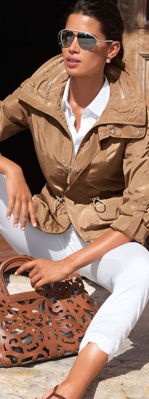 ~Crisp white shirt & leather | The House of Beccaria#