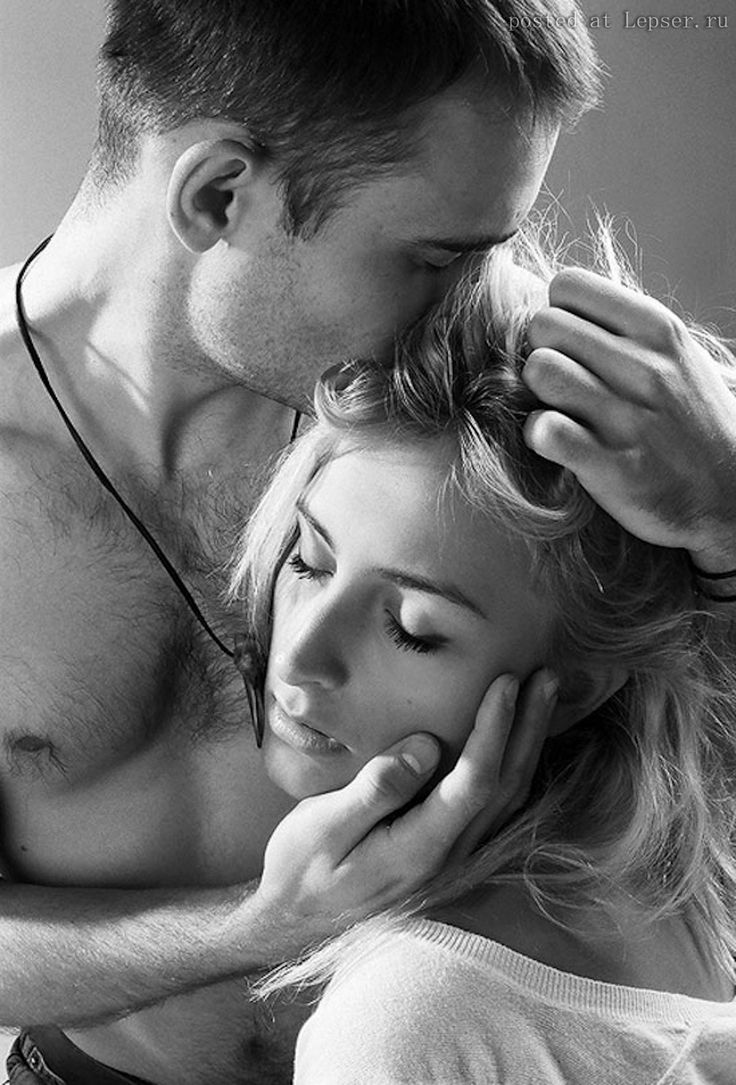 Открытки для мужчин поцелуй обнимание, марта поздравления