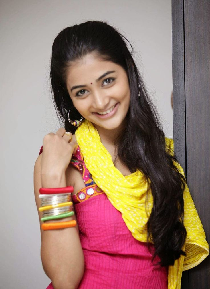 Actress-Pooja-Hegde-Stills-9.jpg (1024×1409)