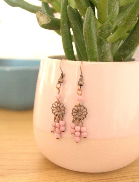 Ohrringe - Romantische  Ohrringe Zartrosa  - ein Designerstück von MIO-O bei DaWanda