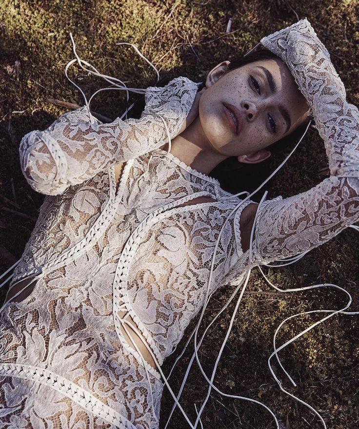Slow Burn Publication: Vogue Australia November 2017 Model: Zoe Barnard Photographer: Nicole Bentley Fashion Editor: Kate Darvill Hair: Koh Make Up: Victoria Baron PART I
