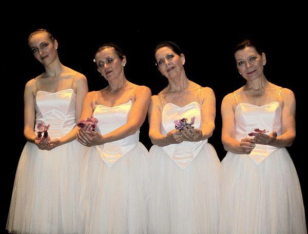 This adult ballet group I made: custom-made corsets. aikuisaletti -ryhmälle mittojen mukaiset korsetit.