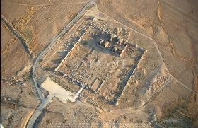 EASTERN ISLAM: ARCHITECTURE - PALACE OF MSHATTA - This huge desert palace is an unfinished Islamic palace. It may have been built by the caliph al-Walid II to welcome pilgrims returning from Mecca. Built around 743 A.D. LOCATION: 25KM SOUTH OF ANMAN, JORDAN