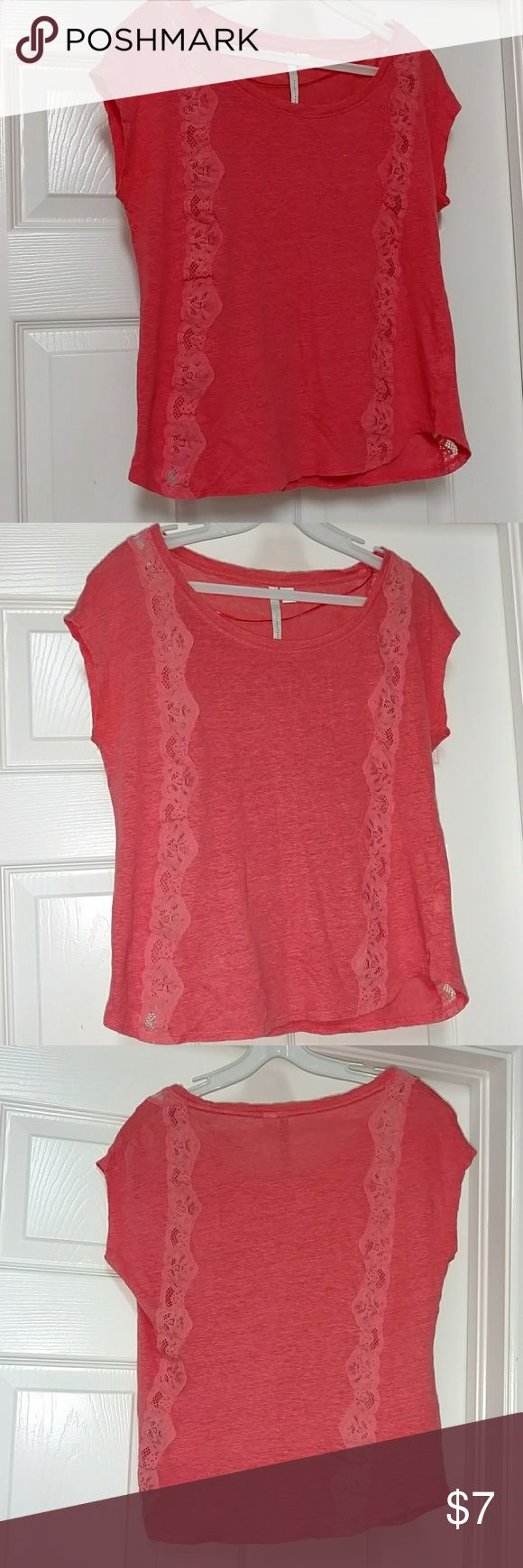 Lauren Conrad Coral Shirt Top Lace XS XS Coral Lauren Conrad top. Has lace down the front and back. Used. Textured fabric. Some slight pilling. Smoke free but bird friendly home. Lauren Conrad  Tops Blouses
