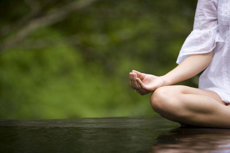meditación - La vida moderna nos exige tanto que en ocasiones se nos dificulta concentrarnos en algo concreto.La palabra meditar tiene su origen etimológico en el vocab