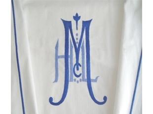 Great mongram~Former pin: julia b coverlets