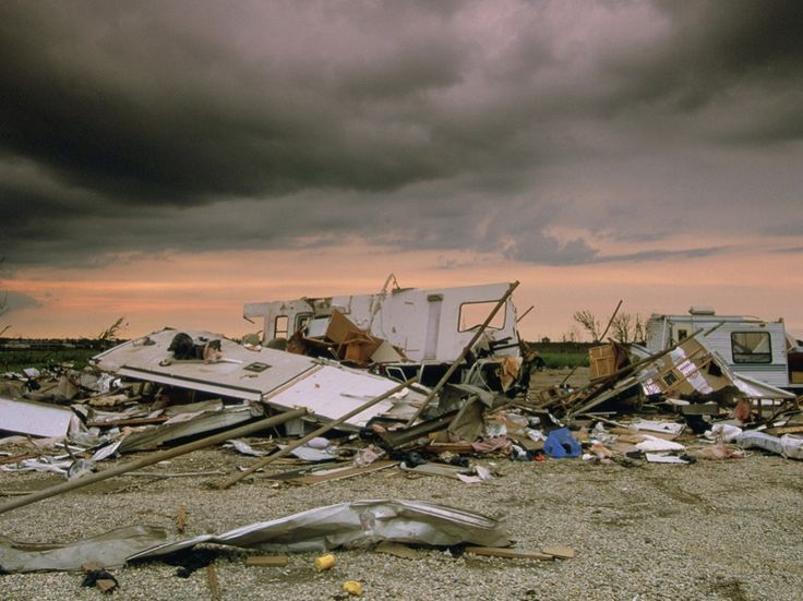 Natural Disasters --Tornado Pictures -- National Geographic