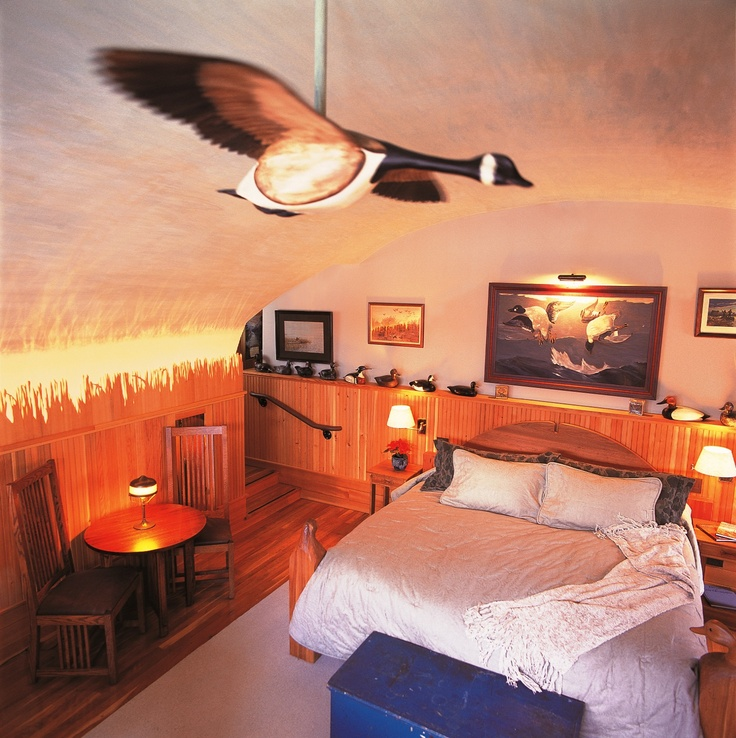 the mallard room complete with duck blinds and calls - Hunting Bedroom Decor