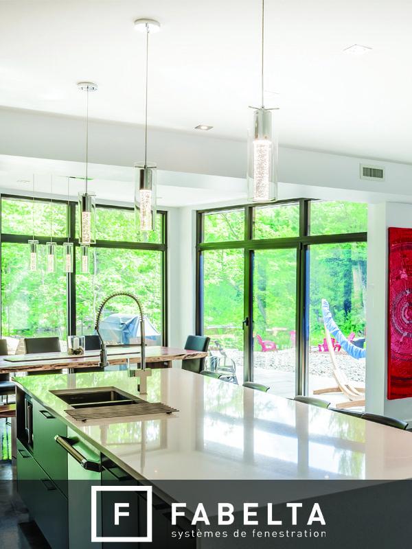 Fenêtre fixe et oscillo-battant en aluminium Fabelta Fixed and tilt and turn aluminum Fabelta window