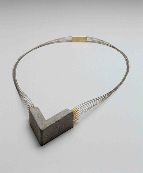 Cemento in the jewell - concrete jewelry | Betonsierraad - hanger ketting