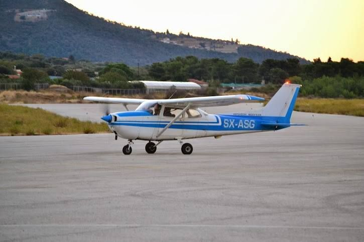 Cessna 172M SX-ASG taxing
