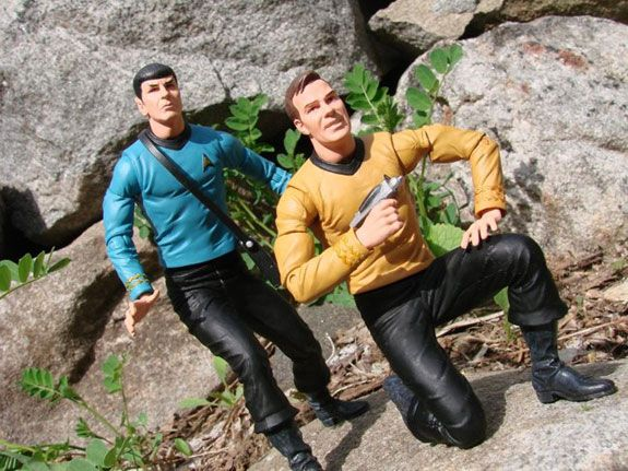 Star Trek FIRST LOOK: Deluxe Kirk and Spock Action Figures From Diamond Select Toys