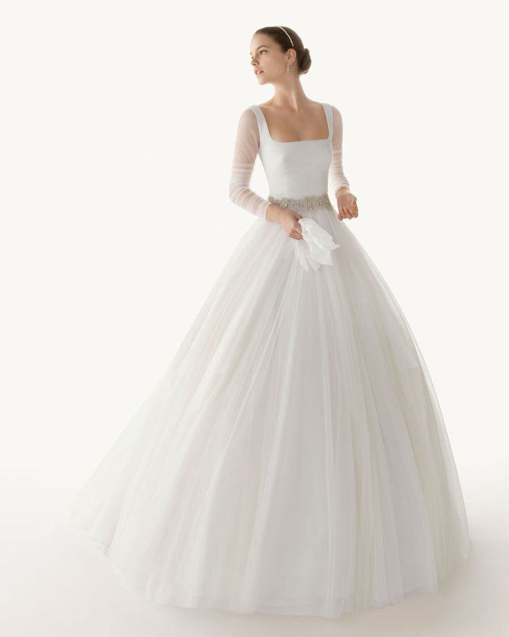 Long sleeved wedding dress - perfect for a Winter Wedding with a dash of Red
