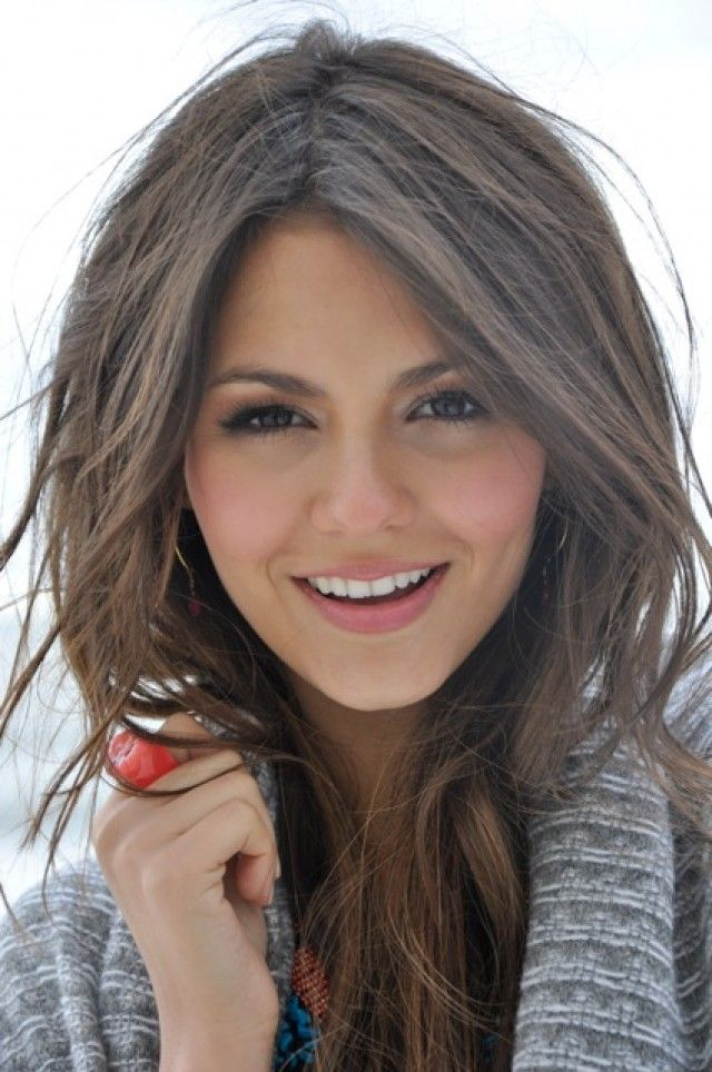 hair style long layers 247 best justice images on 4514 | 02834e741f768c1a13a0cf5dc2d0a3d3 victoria justice hair layered hairstyles