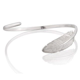 Srebrna obręcz z piórem.  #bracelet #feather #mokobelle #mokobellejewellery #fashion #accessories
