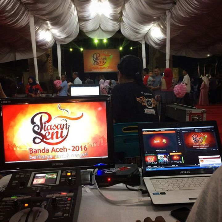 Penutupan Piasan Seni Banda Aceh 2016 malam ini 4/10. Saksikan perform meriah di panggung utama Tari Meusare-sare Rapa'i dari Sanggar Nurul Alam dan Putroe Phang music performing dari HNS (HIPHOP NAD Syndicate) Sipeut Band Lasqi Aceh Sagoe Lhee dan The PRAK Band. Juga ada pertunjukan dan pameran di stan2 dari berbagai jenis kesenian di arena Piasan Seni sebelah selatan Taman Sari Banda Aceh. Nantikan pengumuman juara aneka perlombaan besok malam di panggung utama. Selain itu masih terus…