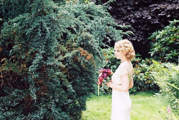 STYLED SHOOT: SOME EXTRA SNEAKY SNAPS | Raspberry Wedding