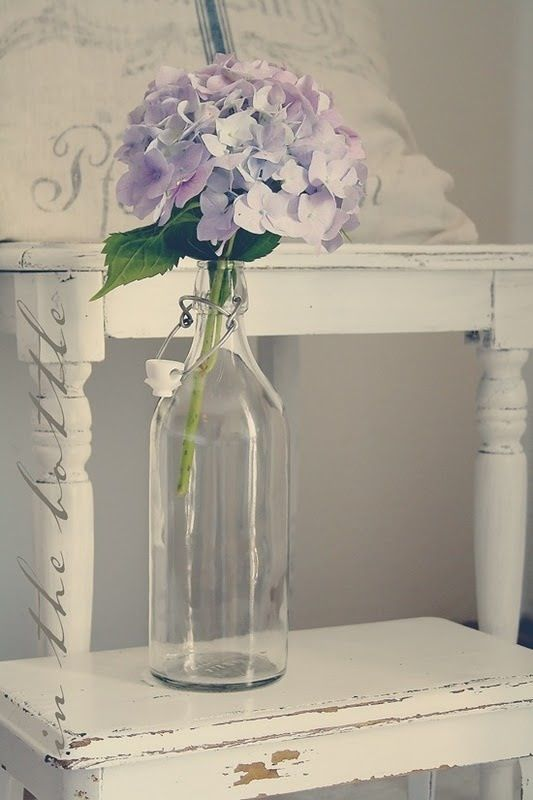 Hydrangea & shabby chic furniture:
