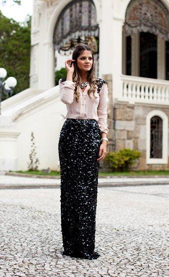 Thassia Naves.Look super chique da Blogueira brasileira.Mistura interessante de tecidos e texturas