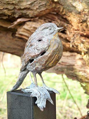bronzen beelden en tuinbeelden van jeanette jansen | figurative bronze sculptures | bronzen beelden
