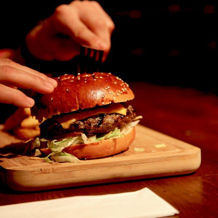 Cheddar Burger  #KevCafe #Burger #Kadiköy
