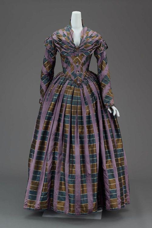 ~Dress, 1840~    The Museum of Fine Arts, Boston