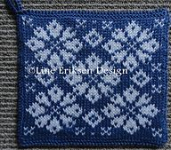 Ravelry: Black and white - Potholder pattern by Line Eriksen