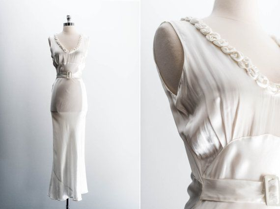 Vintage Wedding Dresses Art Deco : Vintage wedding dresses on satin