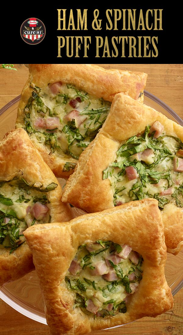 Host the perfect Easter brunch with these Ham & Spinach Puffs! | Easter Brunch | Easter Ham | Entertaining | Hosting Tip