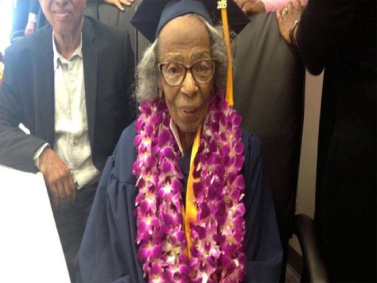 Doreetha Daniels, 99 anos, desde 2009 estudava no College of the Canyons in Santa Clarita, Califórnia, finalmente conseguiu se graduar.  Daniels tinha como meta pessoal conseguir seu diploma universitário antes de completar seu centésimo aniversário.  Ela se inspirou em seus netos quando os viu serem graduados. Doreetha disse que teve que trabalhar um pouco mais do que seus colegas de classe. Depois de sofrer um acidente vascular cerebral, ela teve um pouco mais dificuldade de retornar às…