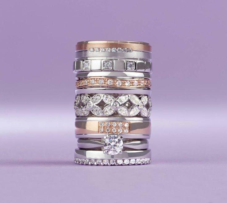 S briliantem, se zirkonem či bez kamene?Jak by měl vypadat Váš vysněný snubní prsten? #rings #gold #wedding #zircon #white #diamonds #svatba #snubni #prsteny #diamanty #zirkon