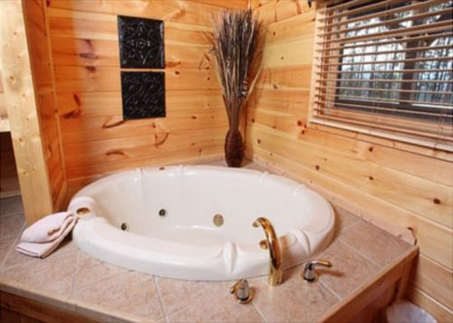 Party Hut | 5 Bedroom Cabin Rental | Pigeon Forge and Gatlinburg | Smoky Mountain Dream Vacation Cabin Rentals