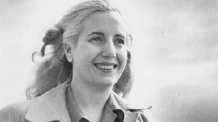 Eva Perón (1919-1952) http://www.mujeresenlahistoria.com/2015/11/la-amada-evita-eva-peron-1919-1952.html