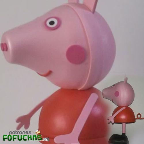 FOFUCHA PEPPA PIG   Descarga gratis estos patrones fofuchas aquí: http://www.patronesfofuchas.org/2014/09/molde-gratis-peppa-pig-eva-foami88.html