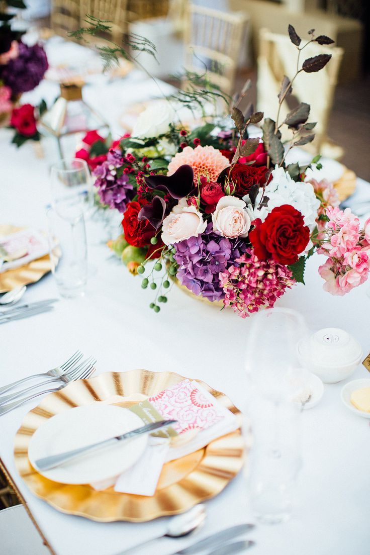 Table setting. New Years Eve wedding with Fuchsia, gold and white. Styled by www.cdweddings.com.au - photo by www.natasjakremersblog.com