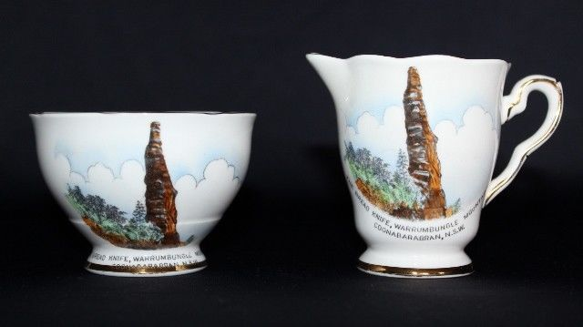 Vintage ROYAL STAFFORDSHIRE Souvenir Warrumbungle Mountains Milk Jug & Creamer