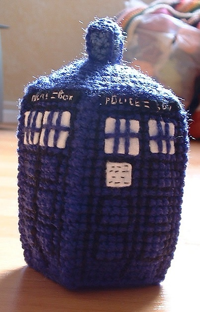 Woodstock Amigurumi Free Pattern : Crochet TARDIS Pattern doctor-who-fetish knitting and ...