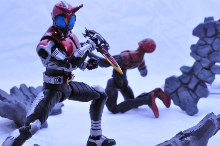 S.H. Figuarts Kamen Rider Kabuto. Marvel Legends Superior Spider-man