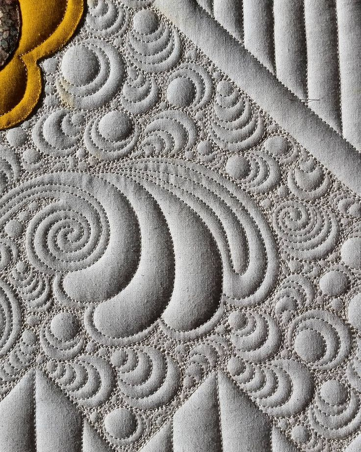 This makes me happy. #judimadsen #longarmquilting #freemotionquilting…