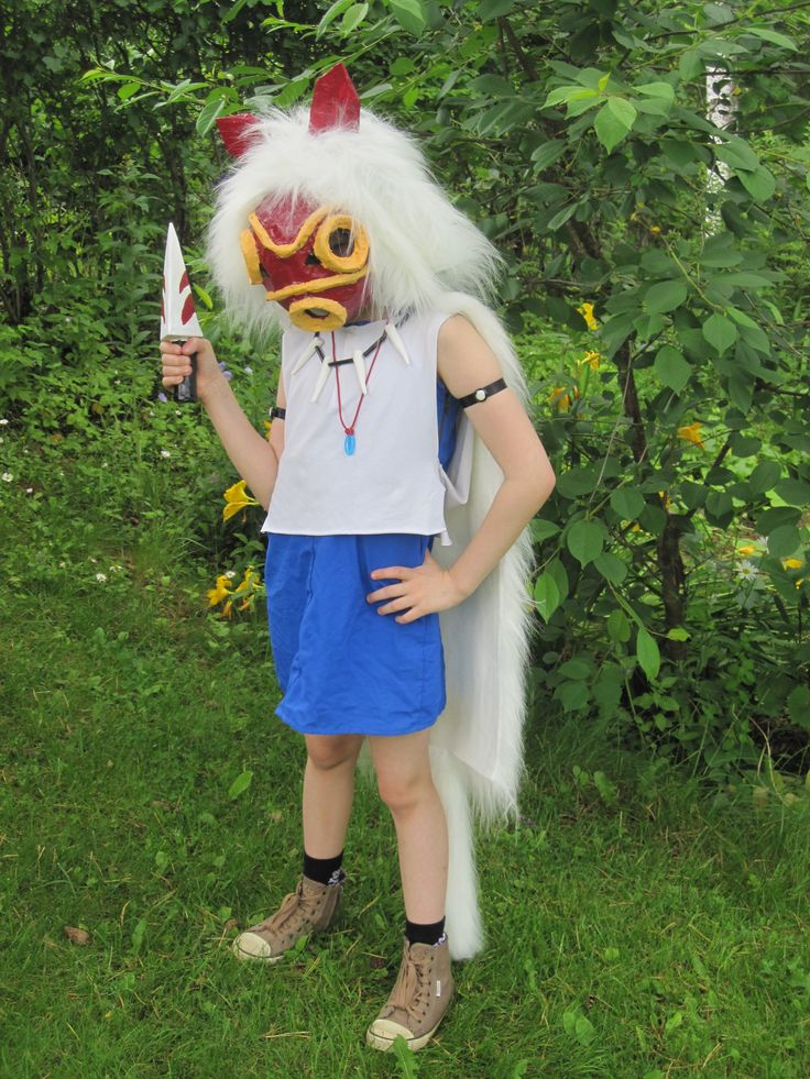 Mirka cosplaying San at Prinsess Mononoke