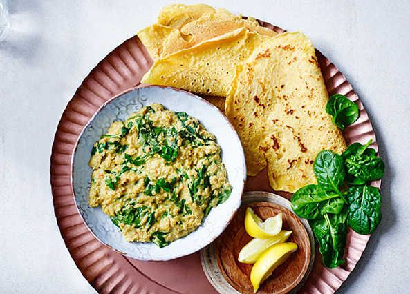 A deliciously easy dahl made with storecupboard favourite, red lentils.