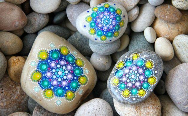 madalas malen auf runden steinen