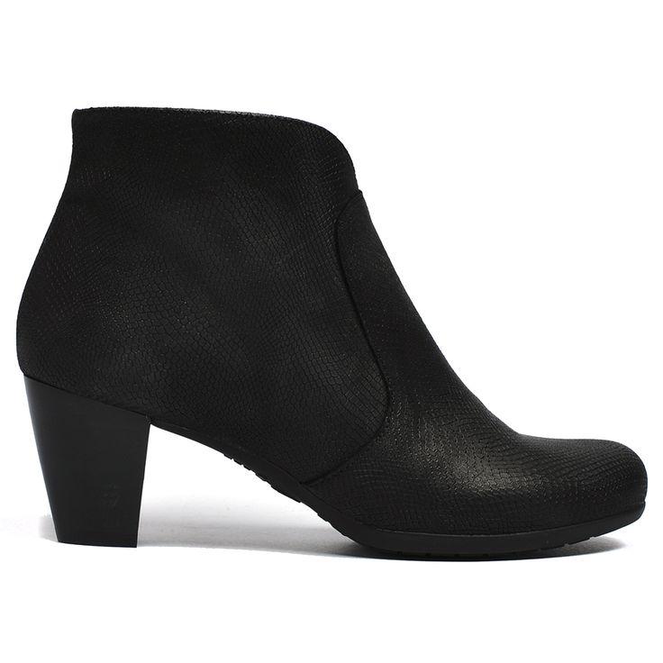 Wigana by Wonders #boot #boots #fashion #style #leather #cinori #wonders