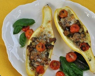 1000+ ideas about Squash Boats on Pinterest | Spaghetti Squash, Squashes and Stuffed Summer Squash