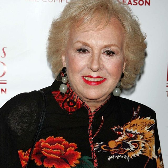 Sad news: Beloved #EverybodyLovesRaymond star #DorisRoberts has died at the age of 90. Her son, Michael Cannata, says Roberts died in her sleep of natural causes on Sunday night.  via ✨ @padgram ✨(http://dl.padgram.com)