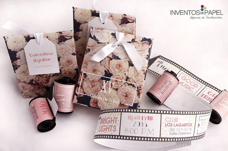 Invitacion 15 años caja vintage rollo de fotografia