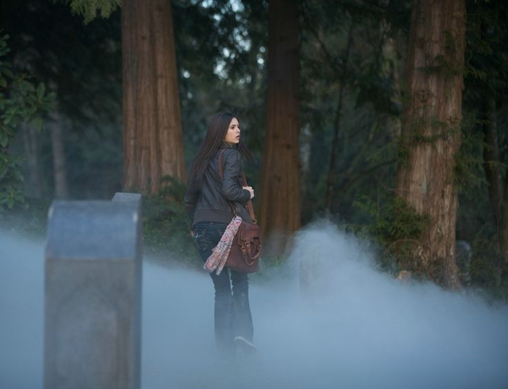 The Vampire Diaries - Season 1 Episode 1 Still