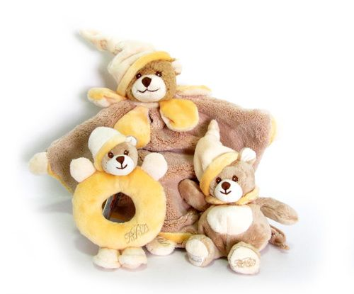 Gorgeous Viggo & Maria SET ( 3 pieces ) for babies. A cosy super soft #blanket, a #rattle and a #Teddy Bear. All from #Bukowski's. Choose a set of colour or Girl/Boy and we put together a set with various colors. - $59.99