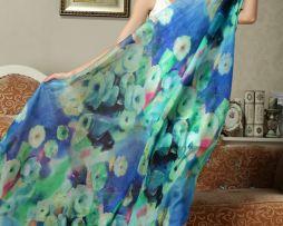 Exkluzívny hodvábny šál v jemne modrej farbe