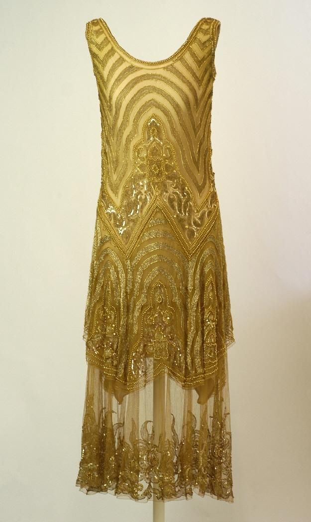 Dress, 1920-30, at the Museo del Traje.
